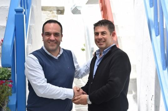 O Γιάννης Καραγιαννάκης στο πλευρό του Κωνσταντίνου Κουκά