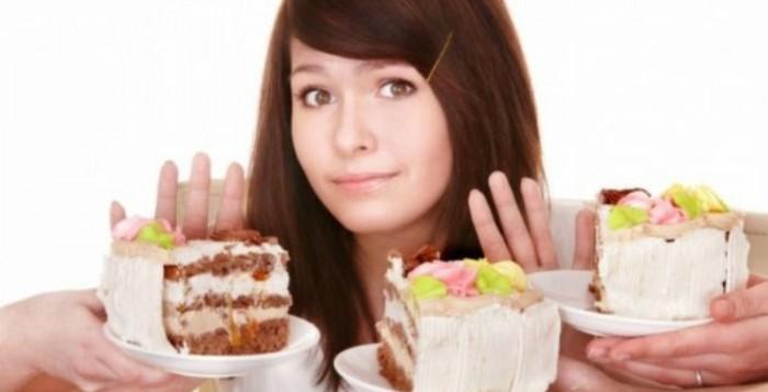 Πέντε έξυπνα τρικ για να μην πεινάτε κάνοντας δίαιτα