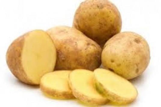 Γιατροσόφια: Πατάτα για φαρυγγίτιδα, ουρικό οξύ, πονοκέφαλο, τους λειχήνες, το ηλιακό ή άλλο ελαφρύ έγκαυμα