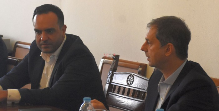 (vid) Δήμαρχος Μυκόνου: «Θέλουμε η Μύκονος να μπει δυνατά στη καμπάνια του κράτους»