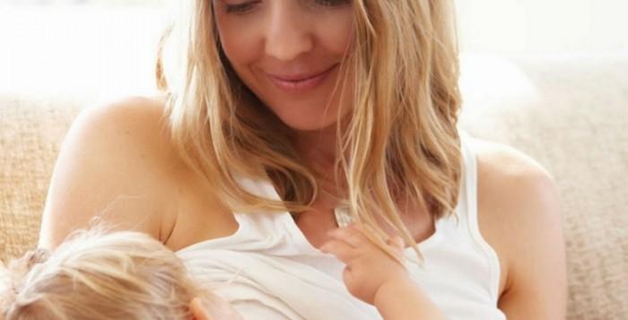 Πέντε σημαντικά οφέλη του θηλασμού για τη μητέρα
