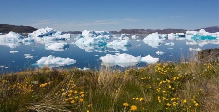 Το λιώσιμο των πάγων ανοίγει θαλάσσιες οδούς και δημιουργεί πιθανές εθνικές συγκρούσεις