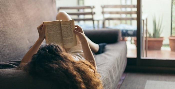 Lockdown: 30 πράγματα που θα ανεβάσουν την ψυχολογία σου μέσα στο σπίτι