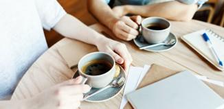 5 ευγενικοί τρόποι να λήξεις μια συζήτηση που δεν θέλεις να συνεχιστεί -Χωρίς να φανείς αγενής