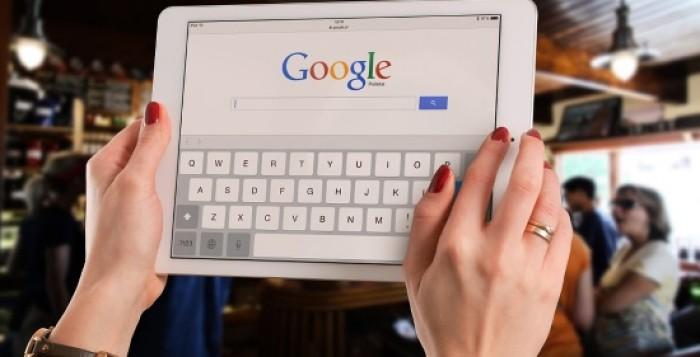 Google | Περιηγήσεις & δραστηριότητες: Νέο πιλοτικό σύστημα που ευνοεί τις απευθείας κρατήσεις σε ΜμΕ