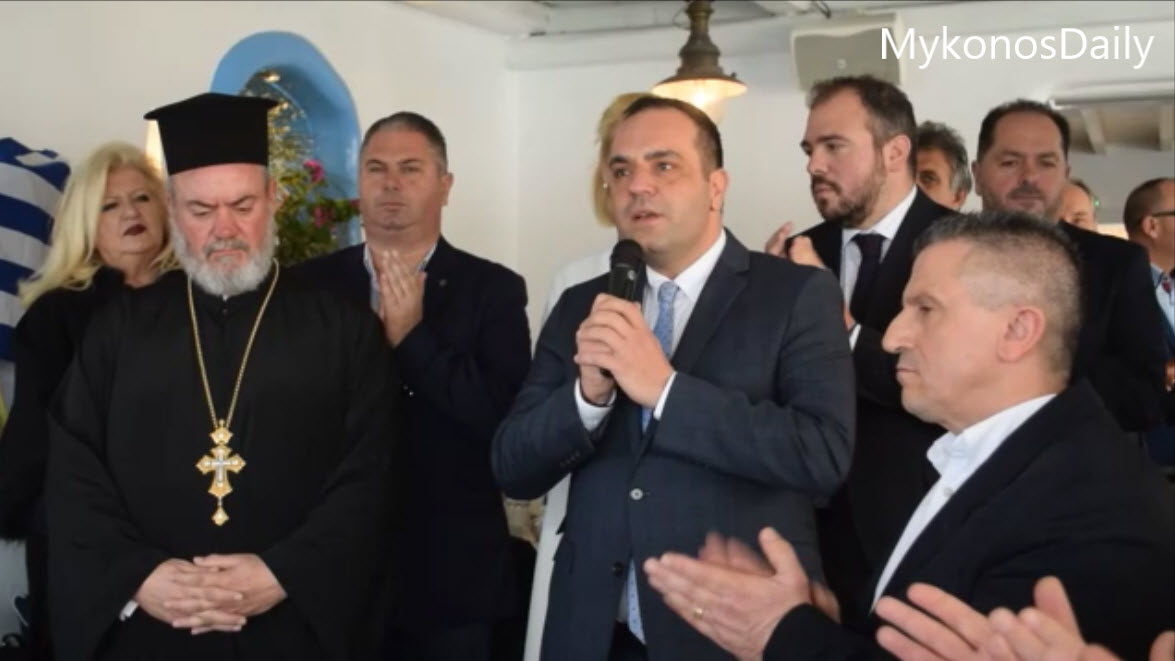 (video) Το ενωτικό μήνυμα του Δημάρχου και η δήλωση για την τοποθέτηση ανδριάντα του Κων/νου Μητσοτάκη