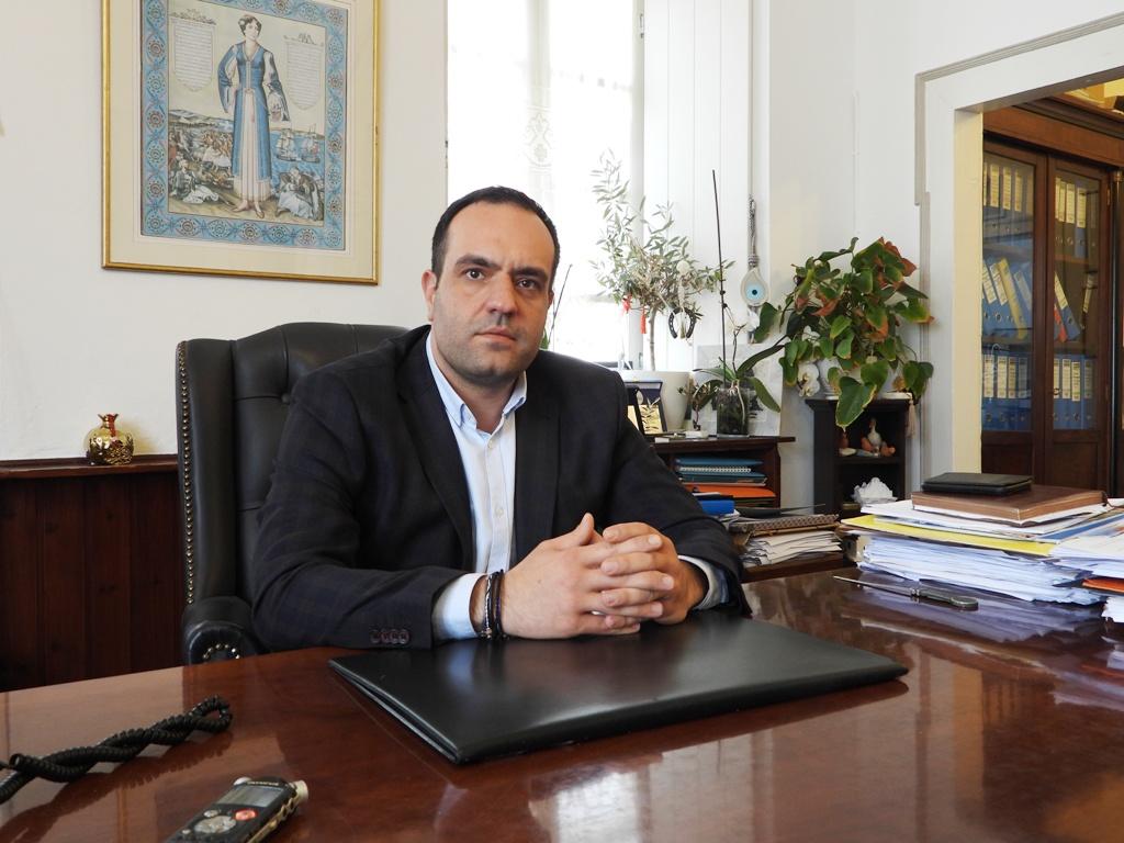 Κωνσταντίνος Κουκάς: «Κρατήσαμε το νησί όρθιο και Συνεχίζουμε με συνέπεια και αποφασιστικότητα» | ΣΥΝΕΝΤΕΥΞΗ