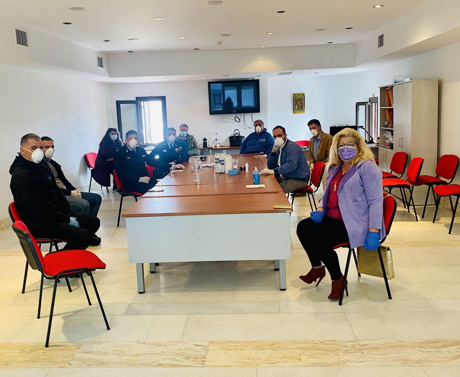 Νέα συνεδρίαση του Συντονιστικού Πολιτικής Προστασίας Μυκόνου: Εντατικοποίηση των μέτρων και απολυμάνσεων
