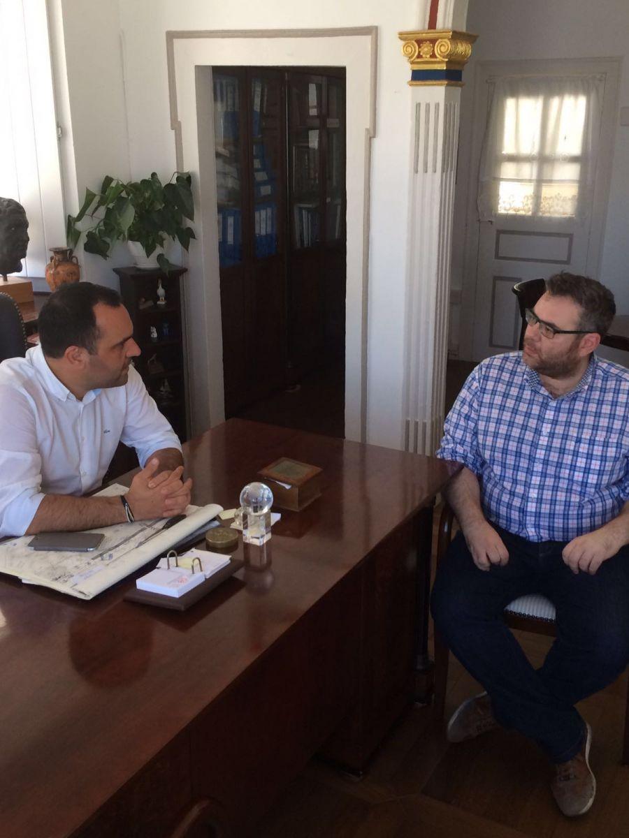 Συνάντηση του Δημάρχου Μυκόνου με τον Περιφερειακό Συμπαραστάτη του Πολίτη και της Επιχείρησης της Περιφέρειας Αττικής