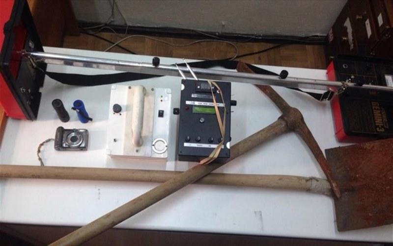 Με ανιχνευτές σε αρχαιολογικό χώρο συνελήφθησαν στην Κάλυμνο