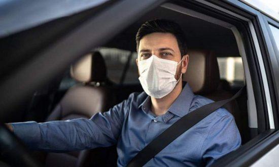 Μάσκα στο αυτοκίνητο: Πότε επιβάλλεται πρόστιμο
