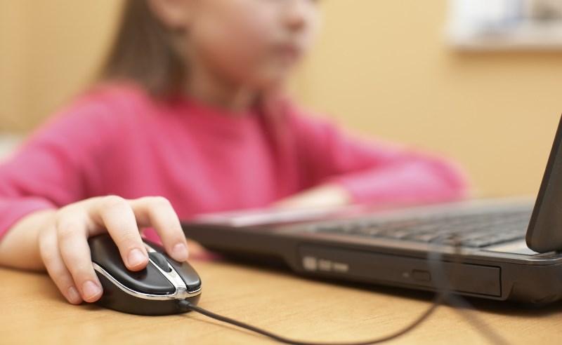 Απο πέντε χρονών μπαίνουν τα παιδιά στο διαδίκτυο
