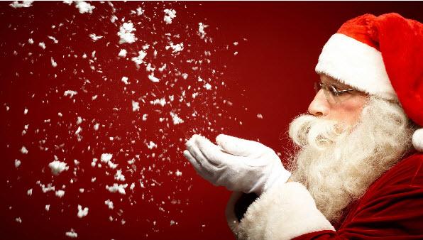 Άγιος Βασίλης έρχεται... Παραμονή Πρωτοχρονιάς κάτω από το Δημαρχείο της Μυκόνου