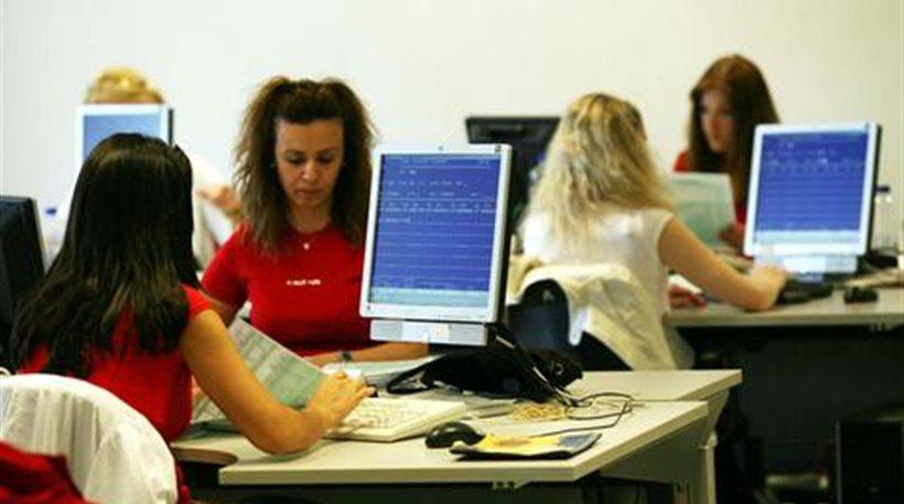 Υπουργείο Εργασίας: 300.000 νέες θέσεις εργασίας