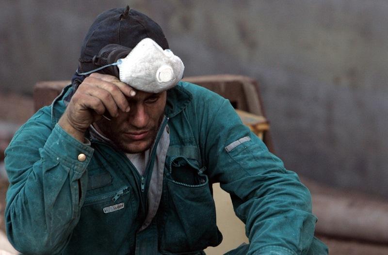 1 στους 10 εργαζόμενους στην Ελλάδα είναι αδήλωτος