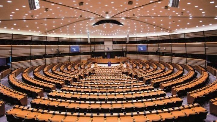 Το Ευρωπαϊκό Κοινοβούλιο υιοθέτησε με συντριπτική πλειοψηφία τον κανονισμό για το Ψηφιακό Πιστοποιητικό Covid της ΕΕ