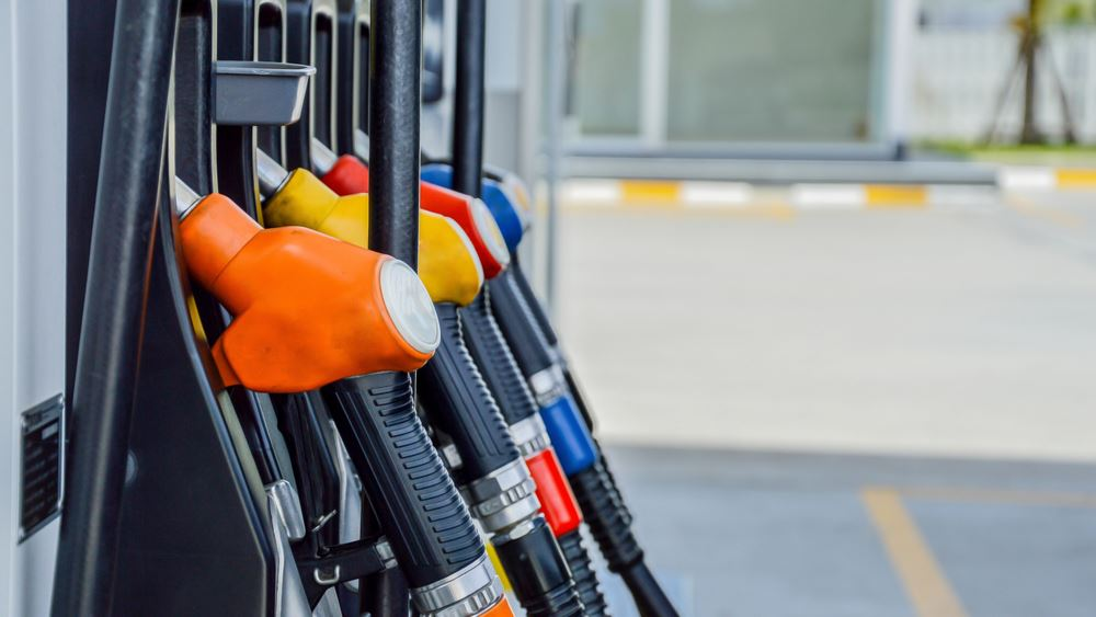 Συνεχίζεται η καταρράκωση της κατανάλωσης καυσίμων