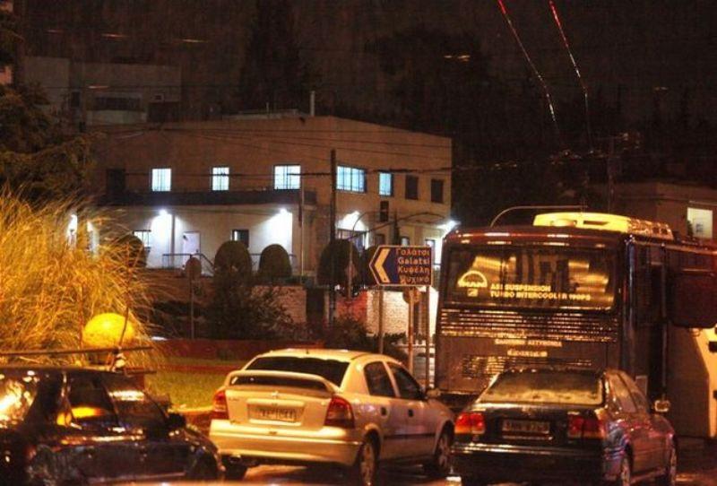 Επίθεση με πυροβολισμούς στην Πρεσβεία του Ισραήλ