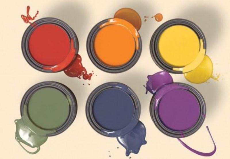 Νοθευμένα χρώματα γνωστών εταιρειών πουλούσε χρωματοπωλείο