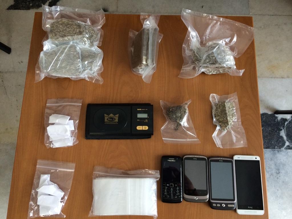 Συνελήφθη Βρετανός για διακίνηση ναρκωτικών στην Ίο