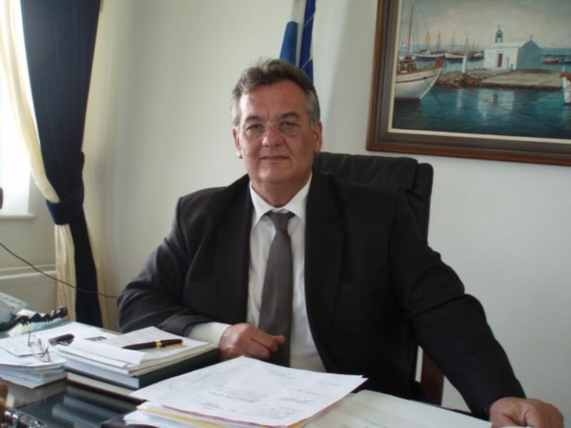 Πέθανε ο δημοσιογράφος Νίκος Μαράκης