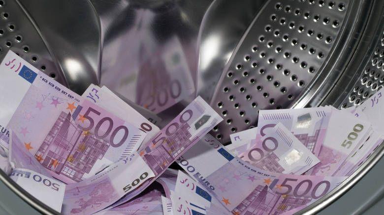 Νέα μέτρα προτείνει το Κοινοβούλιο για την καταπολέμηση του «μαύρου» χρήματος