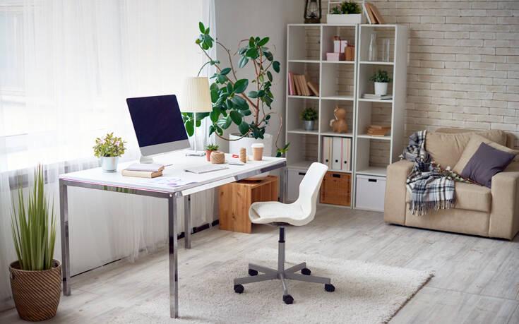 Πώς να δημιουργήσετε τον κατάλληλο χώρο εργασίας στο σπίτι