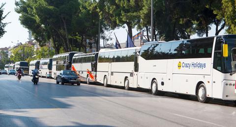 Τουριστικό γραφείο χωρίς άδεια λειτουργίας αναλάμβανε τη μεταφορά επιβατών στα σύνορα με τα Σκόπια