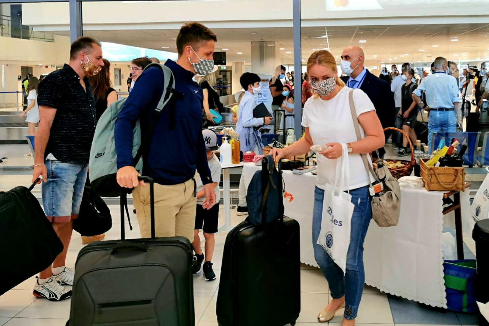 Εντατικοί έλεγχοι στα αεροδρόμια - Ο αριθμός των ελέγχων στο αεροδρόμιο Μυκόνου