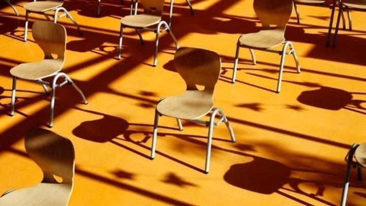 Covid-19: Η Ευρώπη κλείνει τα σχολεία για να προστατέψει παιδιά και ενηλίκους