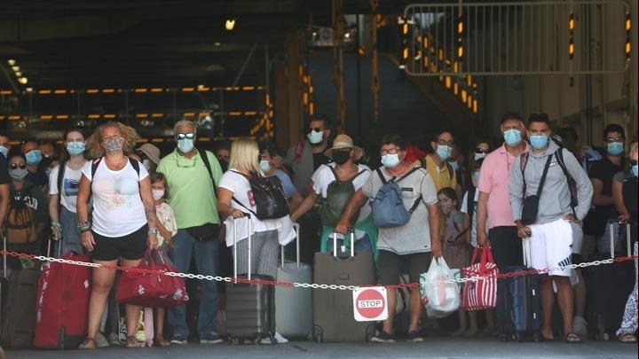 Σε απομόνωση τρεις ταξιδιώτες από Πάτμο - Ενημερώθηκε ο εισαγγελέας
