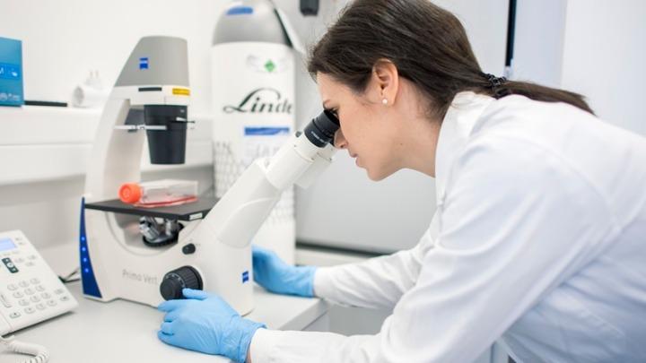 Σε εξέλιξη η πρώτη οροεπιδημιολογική μελέτη του ΕΚΠΑ για τον κορονοϊό