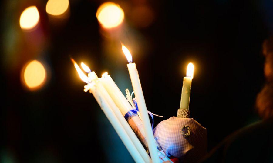 Άγιο Φως και Ανάσταση: Πώς και πότε θα το πάρουμε στο σπίτι μας