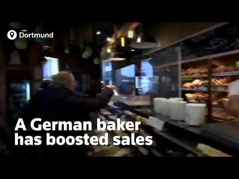 Βίντεο: Αυτό είναι το γλυκό που «τρέλανε» την αγορά - Μοιάζει με... χαρτί υγείας