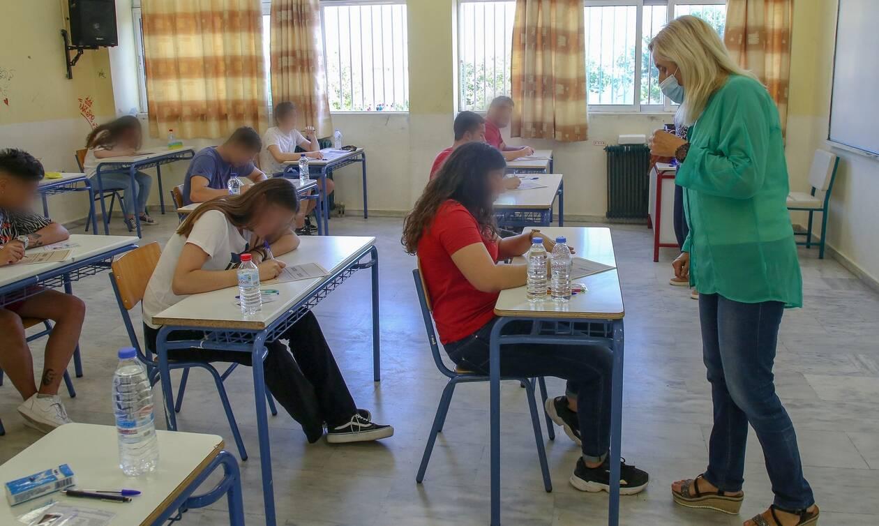 Πανελλήνιες εξετάσεις 2021: Παράταση προθεσμίας για την υποβολή αιτήσεων