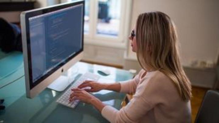 ΚΥΑ για την παράταση της άδειας ειδικού σκοπού και της δυνατότητας για εξ αποστάσεως εργασία