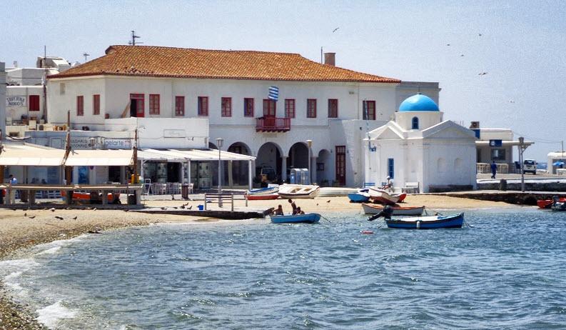 Ψήφισμα διαμαρτυρίας του δήμου Μυκόνου για τα αποθεματικά των Δήμων