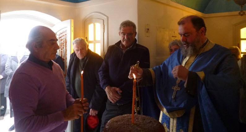 ΦΩΤΟΡΕΠΟΡΤΑΖ από το πανηγύρι στον Άγιο Αθανάσιο της οικογένειας Κουσαθανά στον Πλατύ Γιαλό