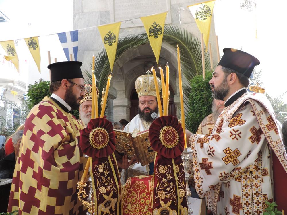 (VIDEO) Εορτασμός του Αγίου Μανουήλ και Τρισαρχιερατική Θεία Λειτουργία στα εγκαίνια της Ι. Μητρόπολης Μυκόνου