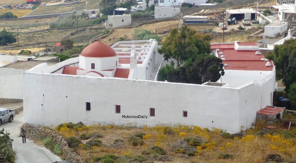 Αρχιερατική Θεία Λειτουργία στο Παλαιόκαστρο