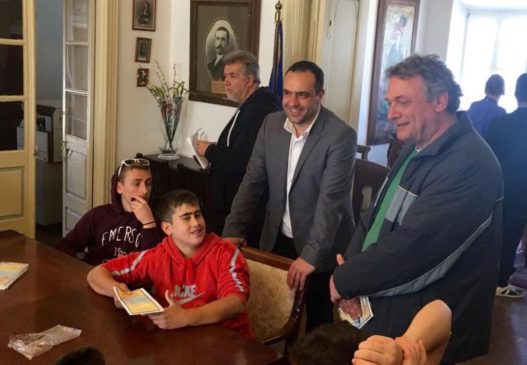Τους μαθητές του Γυμνασίου Ικαρίας υποδέχθηκε ο Δήμαρχος