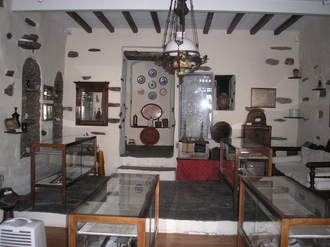 Άνοιξε το Ιστορικό και Λαογραφικό Μουσείο της Στενής