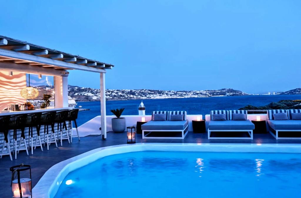 Να μην υπάρξει διάκριση μεταξύ εποχικών και πλήρους λειτουργίας ξενοδοχείων στην επαναλειτουργία