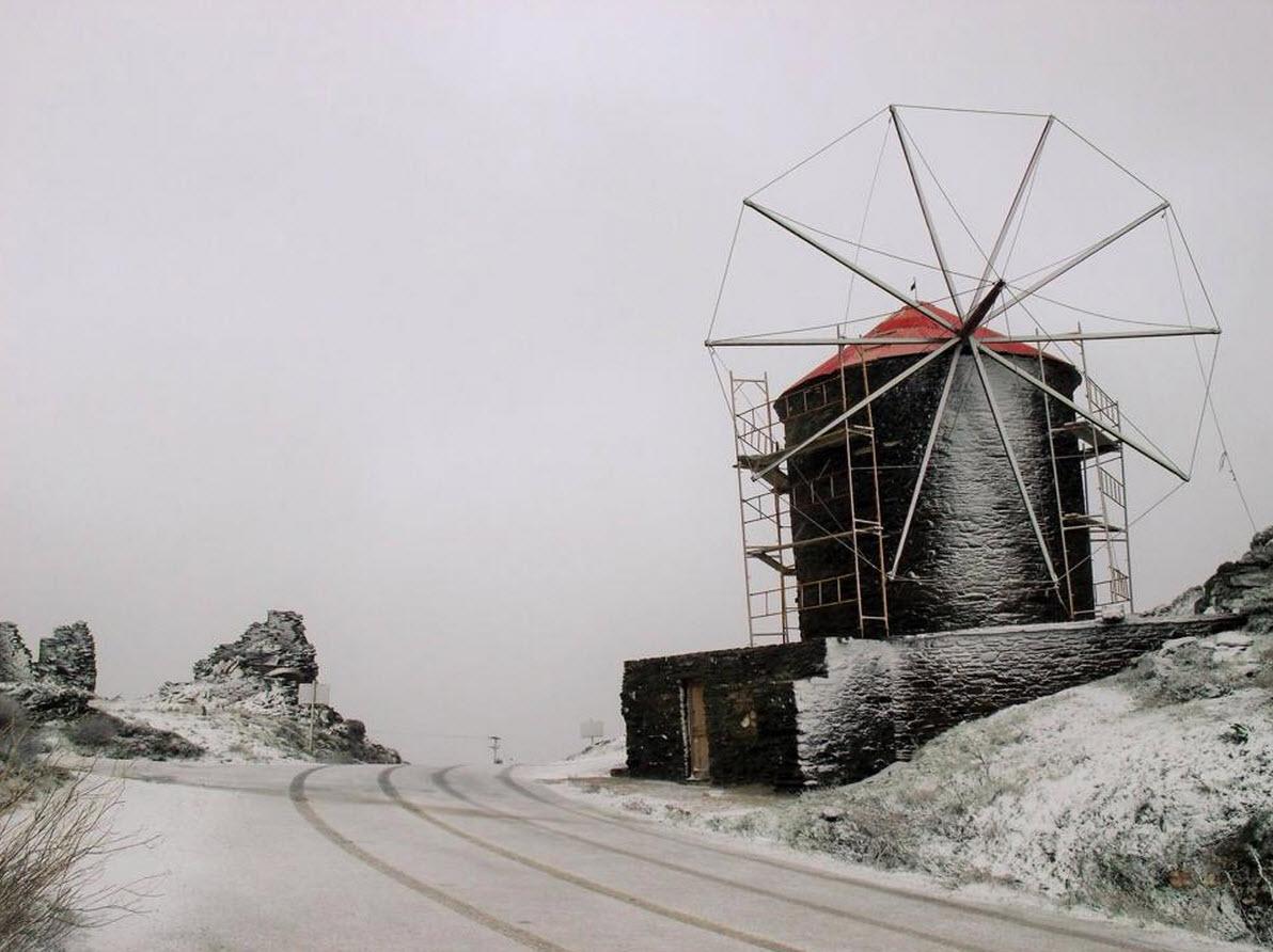 Αποκαθίσταται η ηλεκτροδότηση στην Τήνο - Σε κατάσταση έκτακτης ανάγκης το νησί