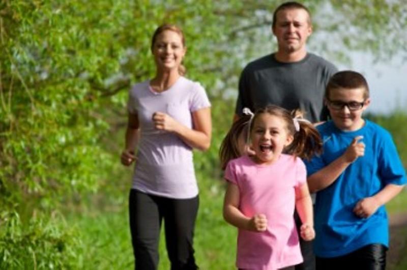 Βοηθήστε τα παιδιά σας να αναπτύξουν υγιεινές συνήθειες