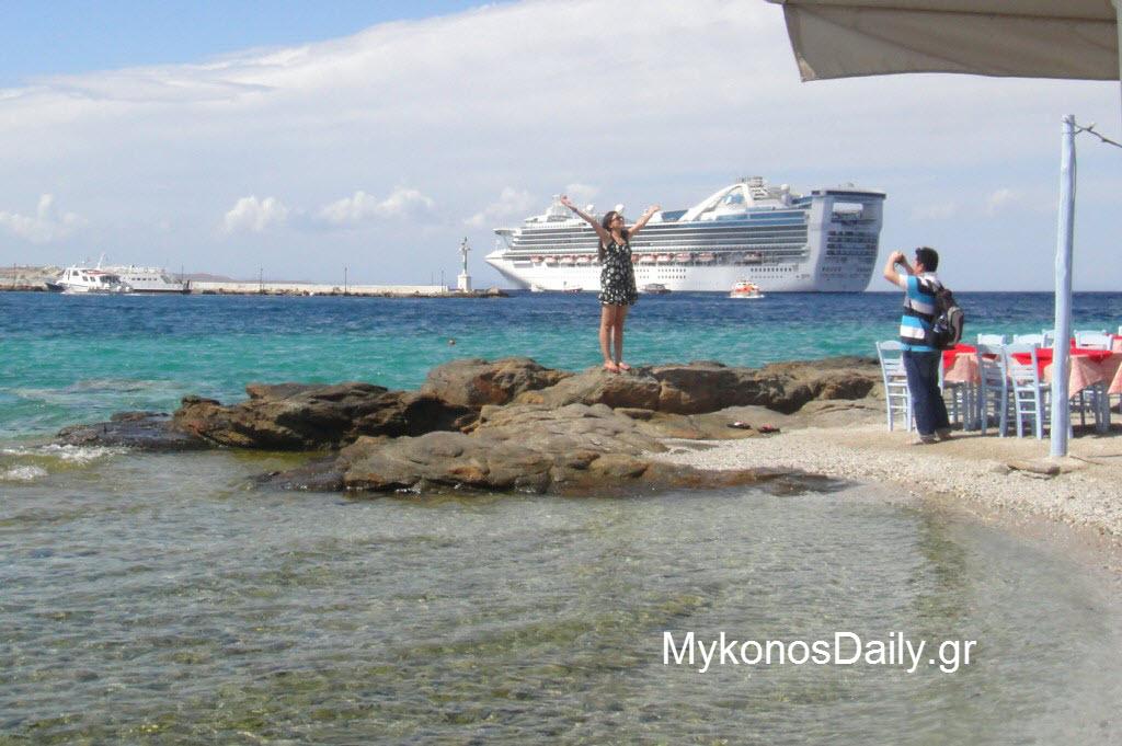 Καλοκαίρι 2020: Με αποστάσεις στις παραλίες και χωρίς μαζικό τουρισμό