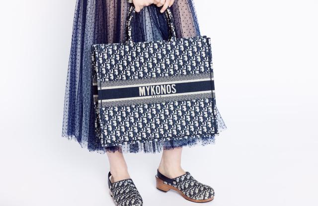 Ο διάσημος οίκος Dior προσγειώνεται στη Μύκονο