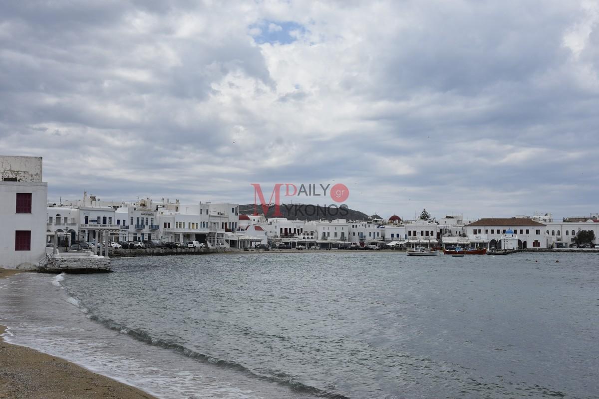 Τουρισμός: Στο σφυρί 25 ξενοδοχεία σε Μύκονο, Κηφισιά και Κω