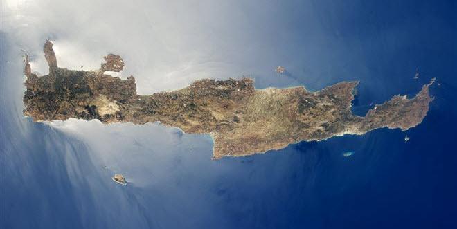 Για κίνδυνο μεγάλου τσουνάμι στην Κρήτη μετά από μεγάλο σεισμό προειδοποιούν οι επιστήμονες