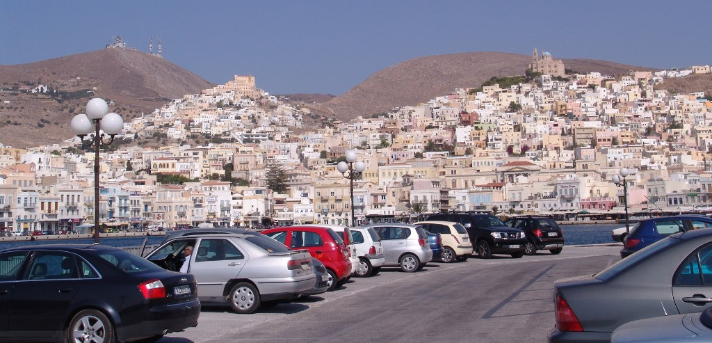 Αντιπροσωπεία από την Δημοκρατία του Ταρταστάν επισκέπτεται τη Σύρο